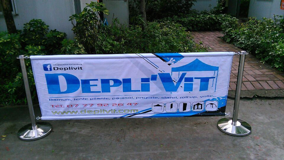 promotional barrier with banner